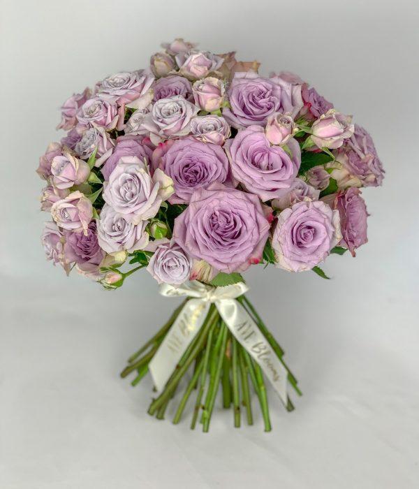 Lilac rose bouquet